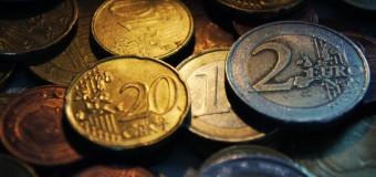Евро отыгрывает позиции